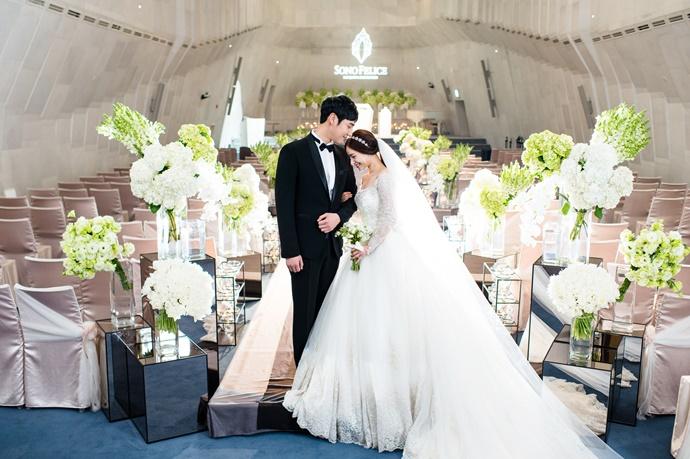 https://www.iwedding.co.kr/center/website/ihall_img/1081907037/1081907037_img_4349_1_1467180219.jpg
