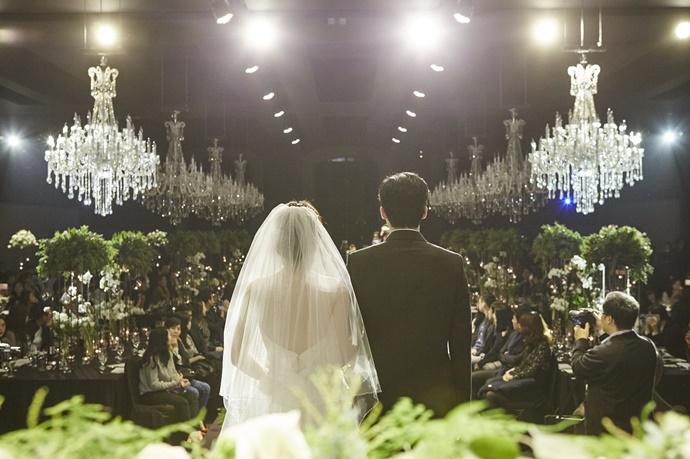 https://www.iwedding.co.kr/center/website/ihall_img/1081913272/1081913272_img_847_9_1513130157.jpg