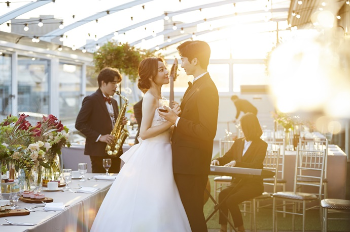 http://www.iwedding.co.kr/center/website/ihall_img/1081913272/1081913272_img_848_10_1513130369.jpg