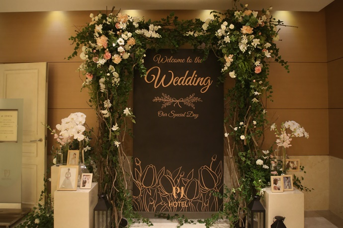 http://www.iwedding.co.kr/center/website/ihall_img/1190969152/1190969152_img_744_2_1531385428.jpg