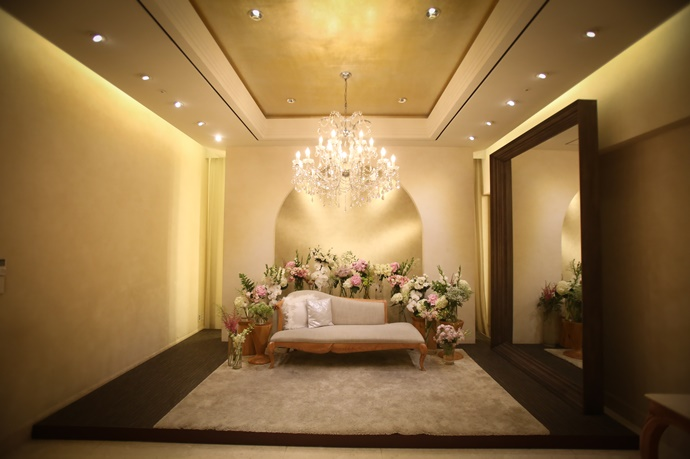 http://www.iwedding.co.kr/center/website/ihall_img/1190969152/1190969152_img_745_2_1531385451.jpg