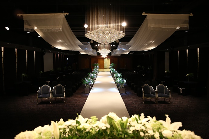 //www.iwedding.co.kr/center/website/ihall_img/1218681014/1218681014_img_5078_3_1538112521.jpg