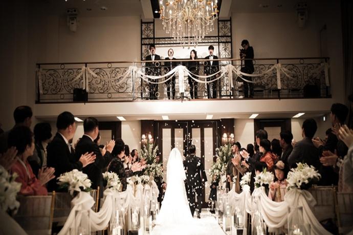 https://www.iwedding.co.kr/center/website/ihall_img/1283750640/1283750640_img_395_0_1430986939.jpg