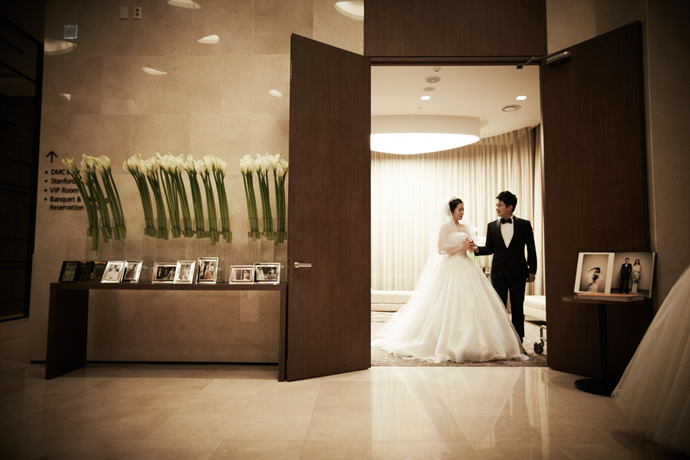 //www.iwedding.co.kr/center/website/ihall_img/1321490854/1321490854_img_249_0_1425276169.jpg