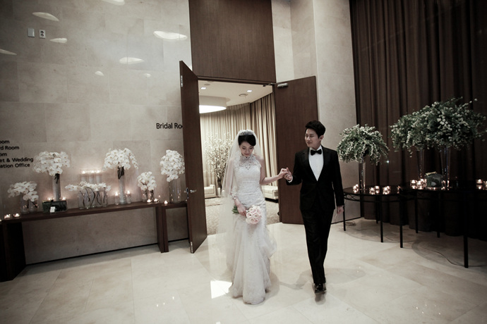 //www.iwedding.co.kr/center/website/ihall_img/1321490854/1321490854_img_249_4_1425276169.jpg