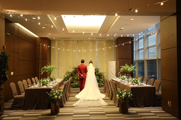 //www.iwedding.co.kr/center/website/ihall_img/1321490854/1321490854_img_4541_1_1489744059.jpg