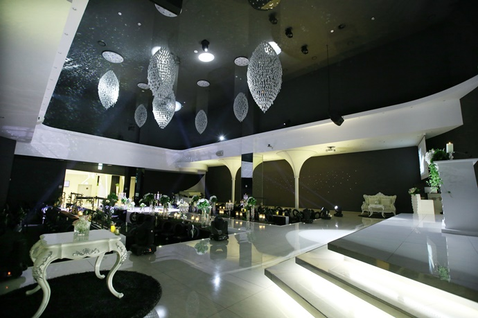 https://www.iwedding.co.kr/center/website/ihall_img/1365586542/1365586542_img_92_8_1566795494.jpg