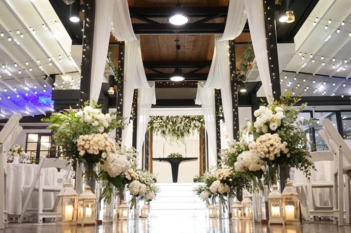 https://www.iwedding.co.kr/center/website/ihall_img/1390870542/1390870542_img_1_17_1564466707.jpg