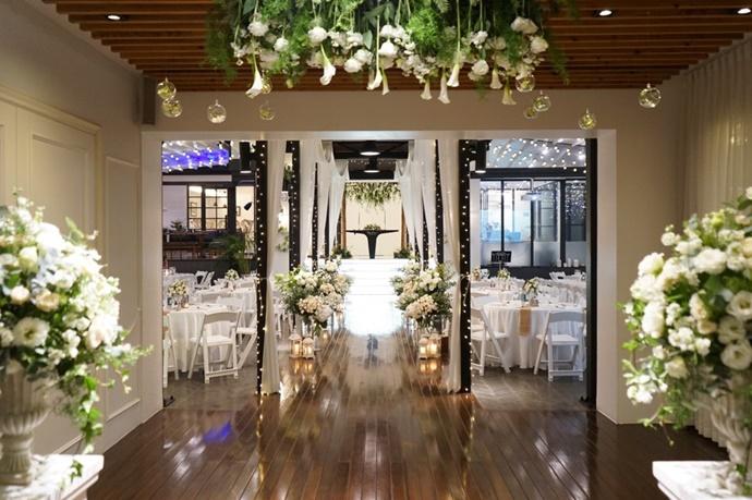 https://www.iwedding.co.kr/center/website/ihall_img/1390870542/1390870542_img_1_18_1564466707.jpg