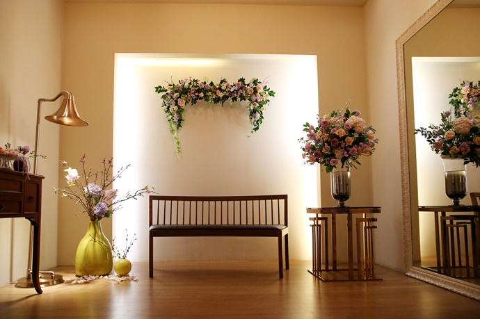 https://www.iwedding.co.kr/center/website/ihall_img/1390870542/1390870542_img_4551_1_1564466872.jpg