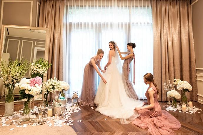 https://www.iwedding.co.kr/center/website/ihall_img/1424854810/1424854810_img_5181_3_1565313468.jpg