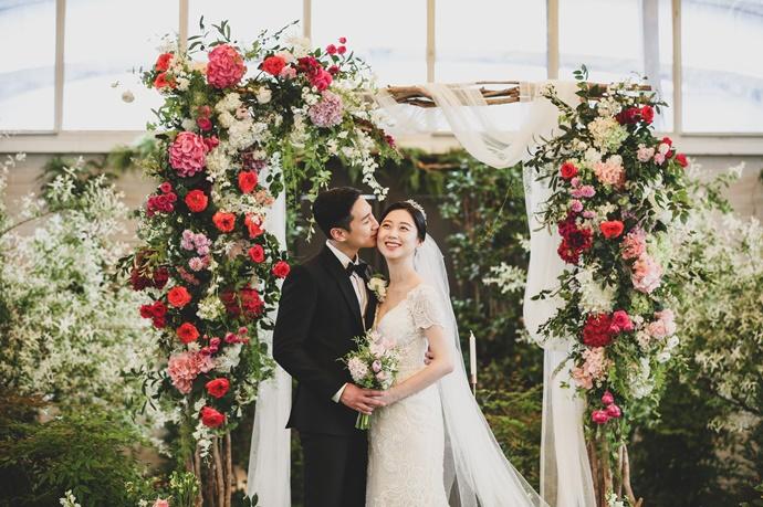 https://www.iwedding.co.kr/center/website/ihall_img/1470213887/1470213887_img_4397_15_1564362305.jpg