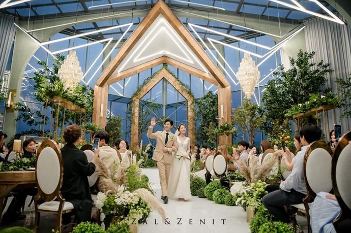 http://www.iwedding.co.kr/center/website/ihall_img/1543287981/1543287981_img_5109_5_1569311106.jpg